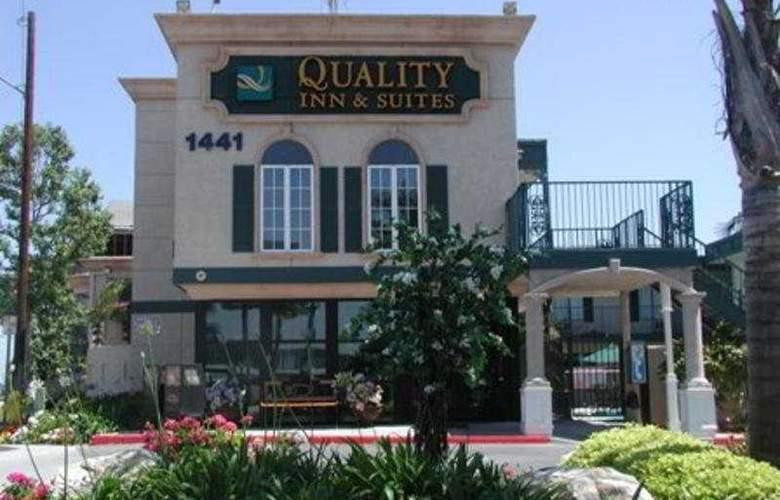Quality Inn & Suites Anaheim - Hotel - 0