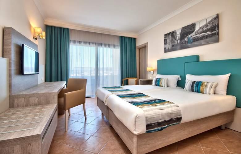 Riviera Resort & Spa - Room - 6