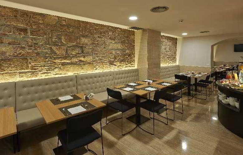 Hesperia Barri Gotic - Restaurant - 9