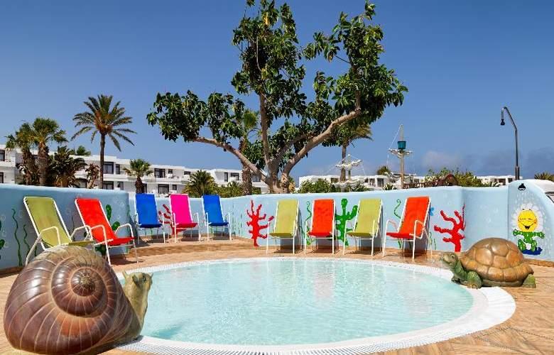 H10 Suites Lanzarote Gardens - Pool - 15