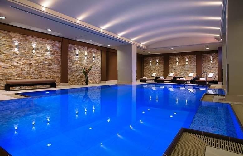 Marriott Berlin - Pool - 13