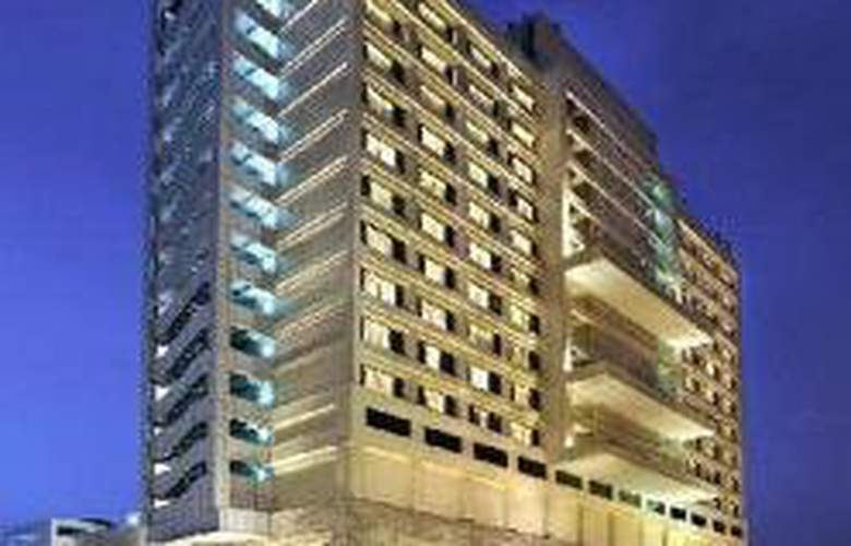 Doubletree by Hilton Hotel New Delhi Noida Mayur - General - 1