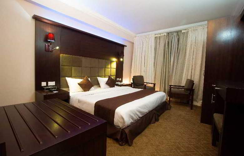 Elegance Castle Hotel - Room - 1