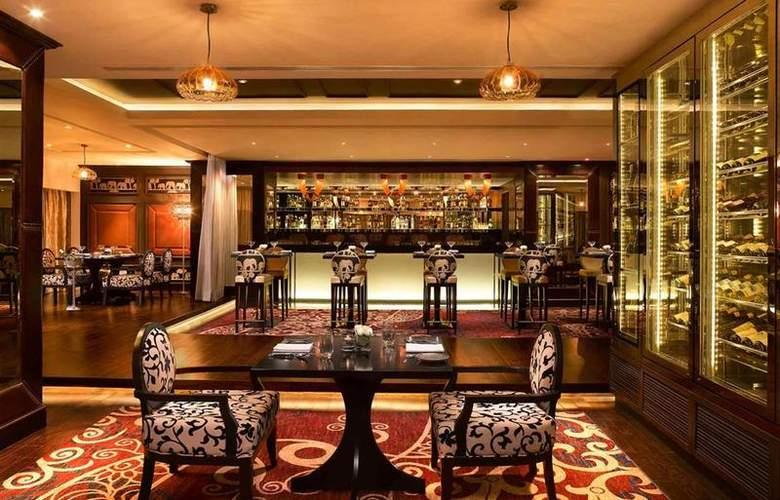 Sofitel Hotel Mumbai - Restaurant - 38