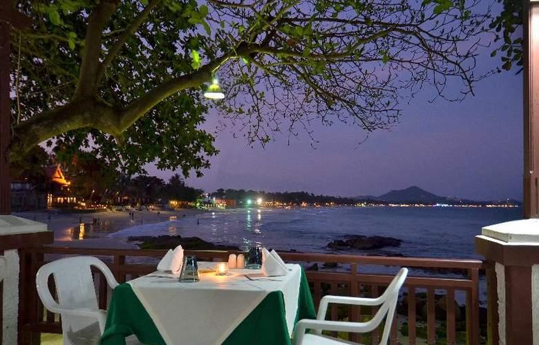 First Bungalow Beach Resort - Restaurant - 28