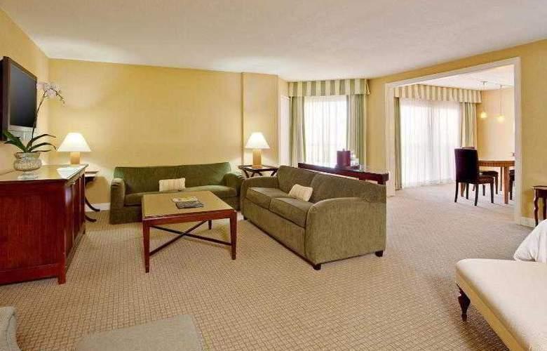 Crowne Plaza Redondo Beach - Room - 26
