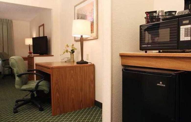 Fairfield Inn Moline - Hotel - 3