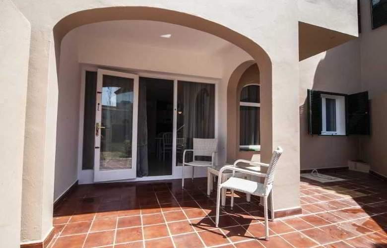 Apartamentos Turísticos Royal Life - Terrace - 29