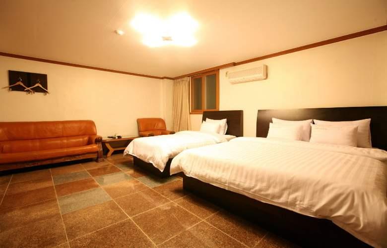 New World Hotel Itaewon - Room - 6
