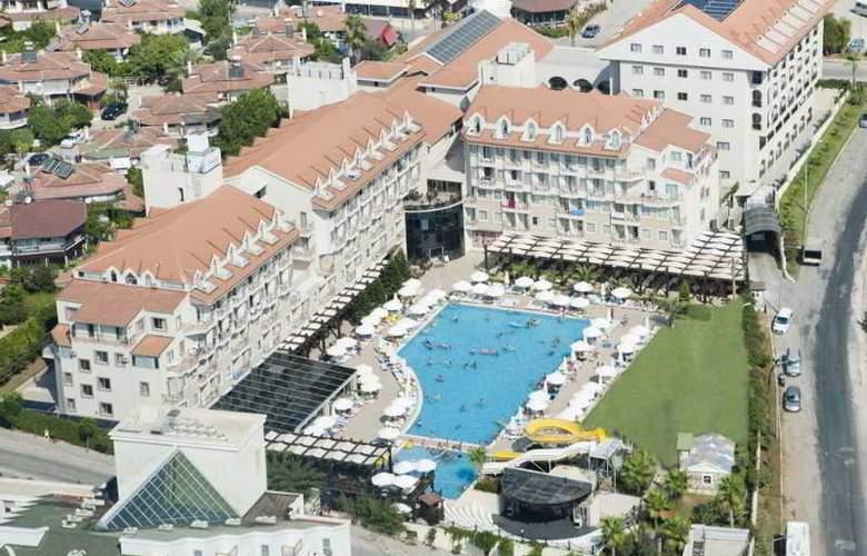 Diamond Beach Hotel - Hotel - 0