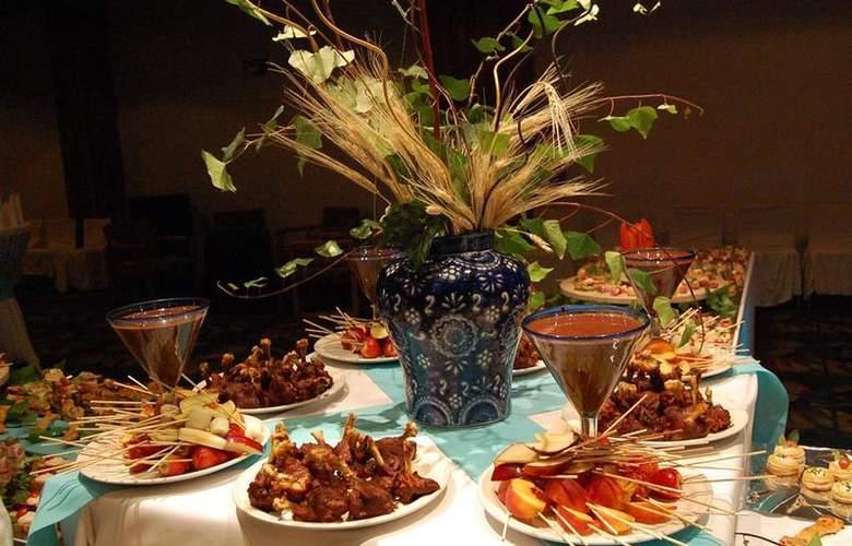 Best Western Real de Puebla - Restaurant - 87