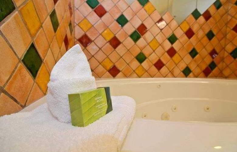 Best Western Plus Pocaterra Inn - Hotel - 27