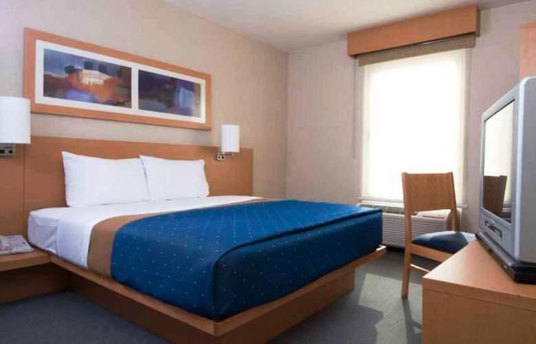 City Express San Luis Potosi Zona Universitaria - Hotel - 4