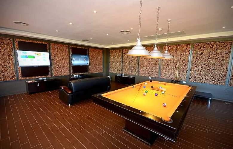 Grand Crucero Hotel - Sport - 10
