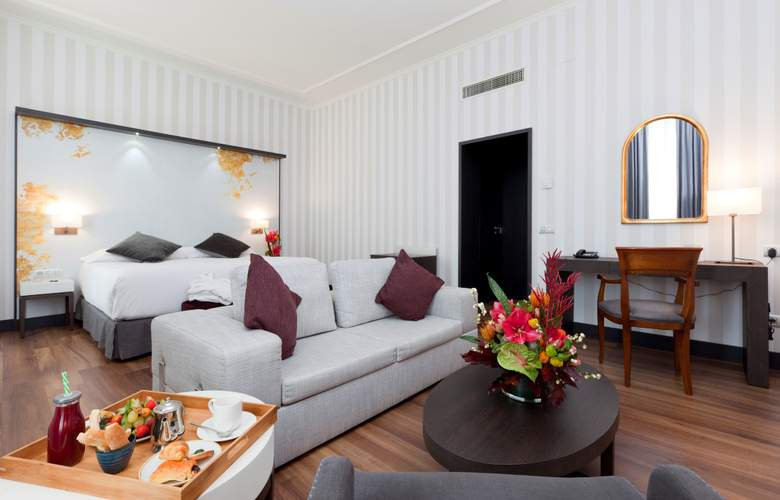 Intur Palacio San Martin - Room - 6