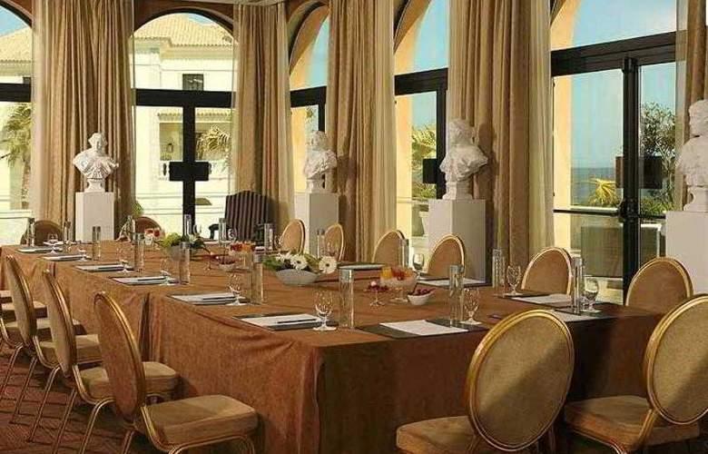 Grande Real Villa Italia - Hotel - 13