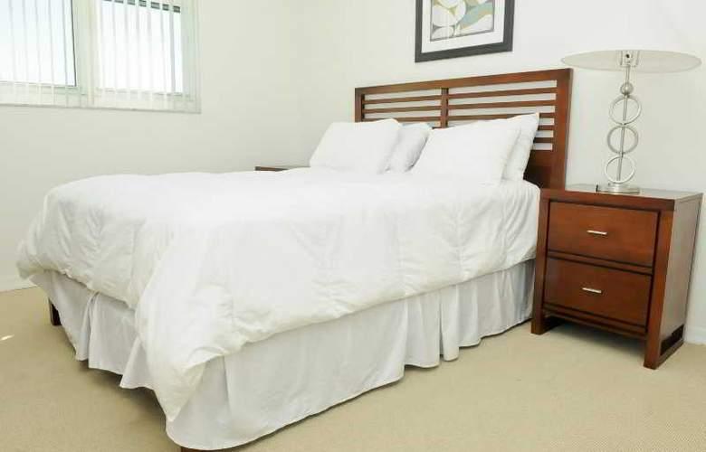 3 Bedroom Condo with Towering Views - Room - 3