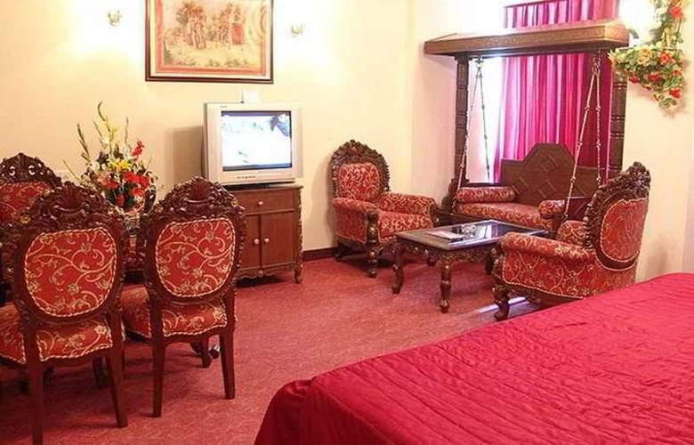 Grand Sartaj - Room - 4