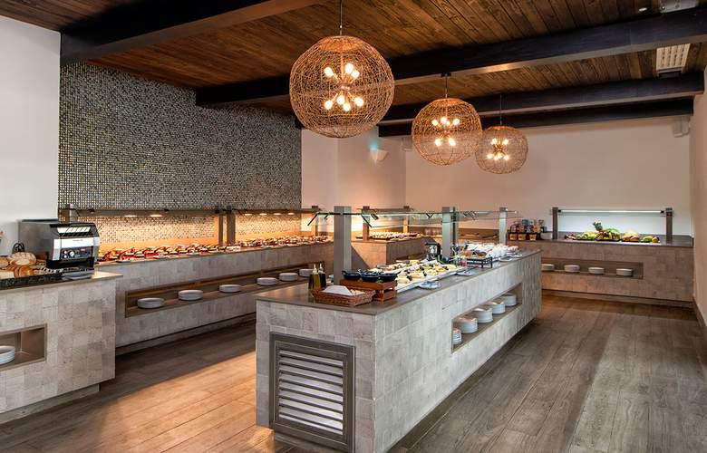Lopesan Costa Bávaro Resort Spa & Casino - Bar - 21
