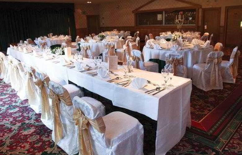 Best Western Strathaven Hotel - Hotel - 12