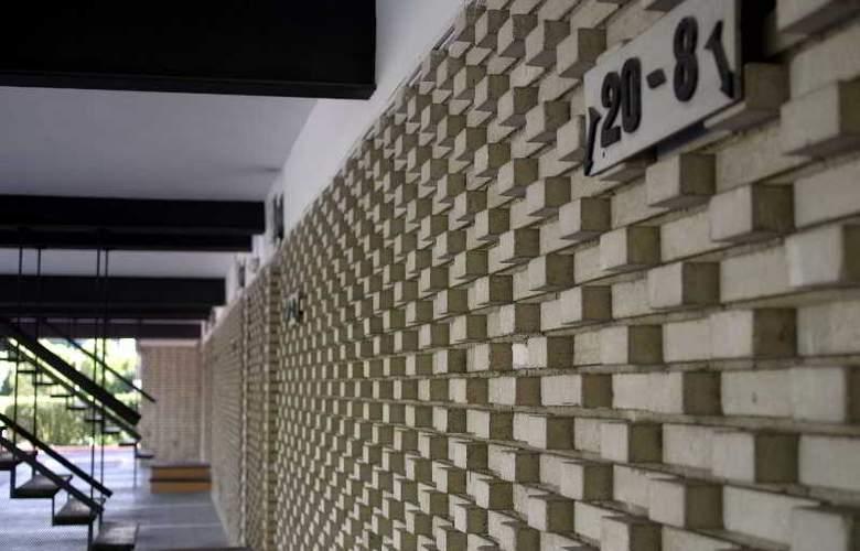 Los Olivos - Hotel - 9