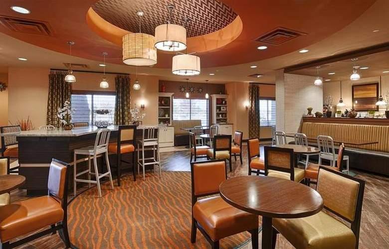 Best Western Tupelo Inn & Suites - Restaurant - 74