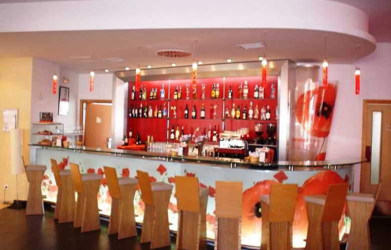 Ibis Málaga Centro - Bar - 8