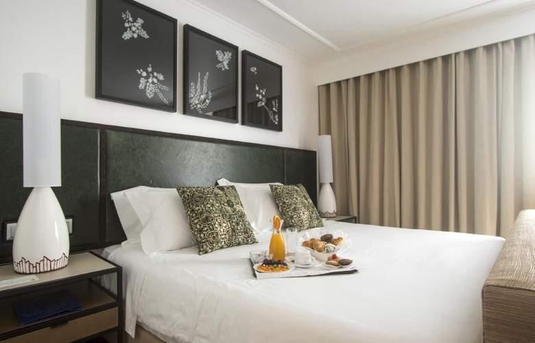 Ponta Delgada - Room - 10