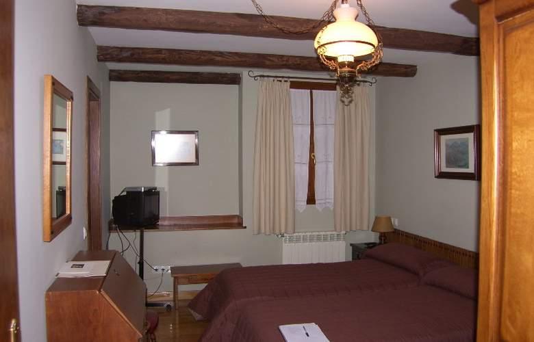 Conde Aznar - Room - 5