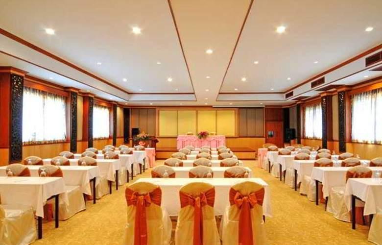 Phala Cliff Beach Resort and Spa Rayong - Conference - 4