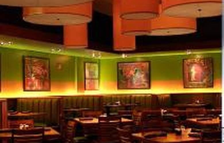 Doubletree Hotel Columbus - Restaurant - 1
