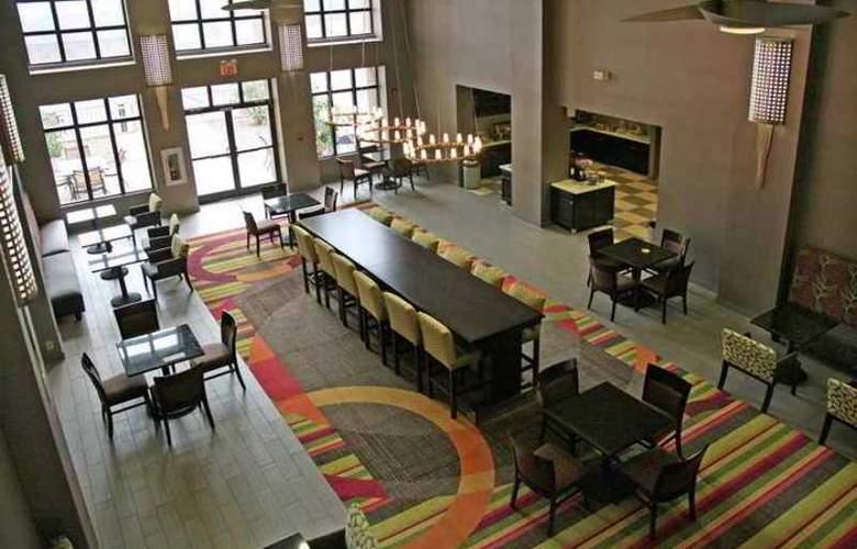 Hampton Inn & Suites Tulsa-Woodland Hills - Hotel - 13