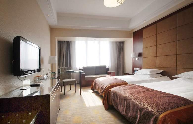 Li Tian - Room - 5