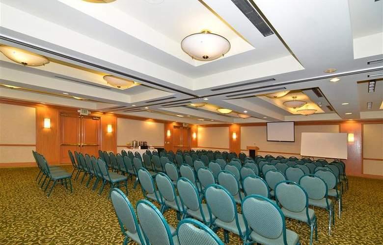 Best Western Plus Palm Desert Resort - Conference - 37