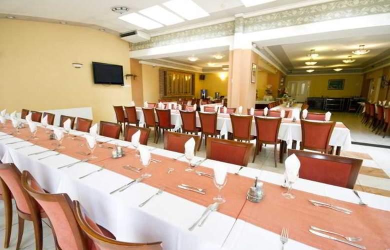 Alfa Art - Restaurant - 17
