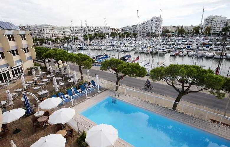 Interhotel Neptune Montpellier - Pool - 27