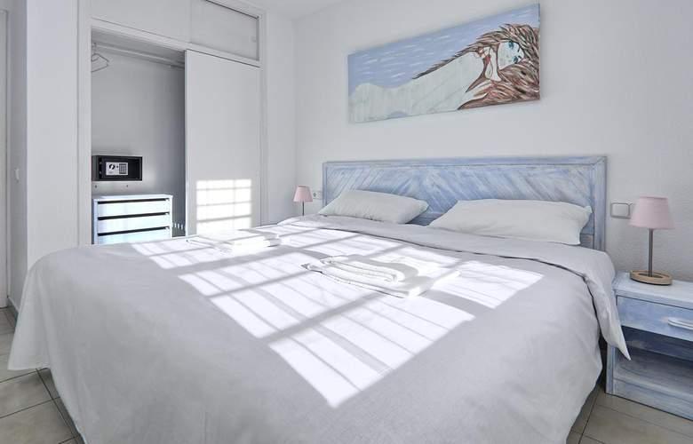 All Suite Ibiza Aparthotel - Room - 3