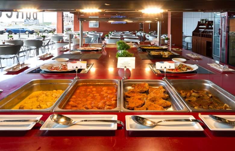 Catalonia Las Cañas - Restaurant - 21
