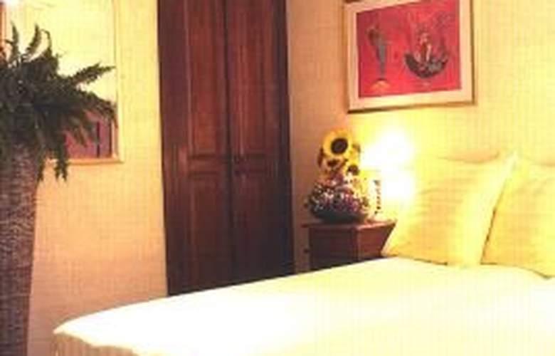 EuroHotel - Room - 2