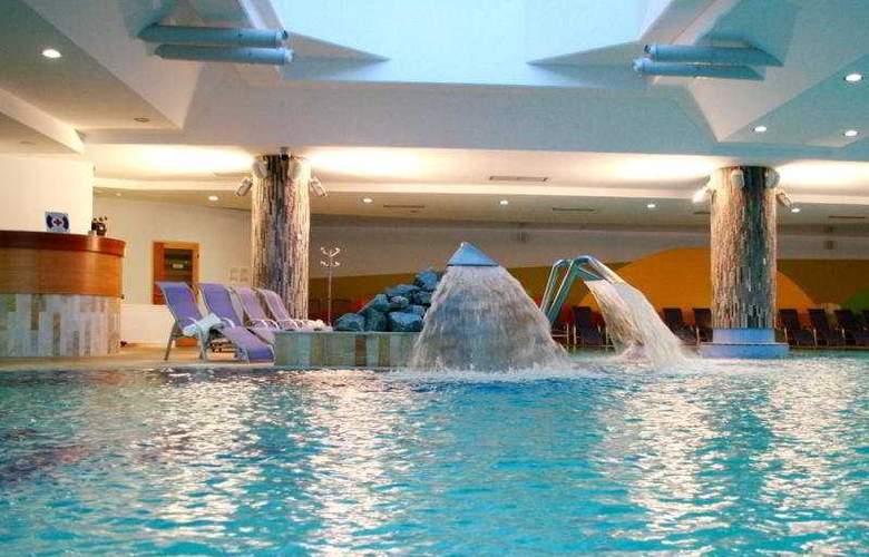 Livada - Pool - 4