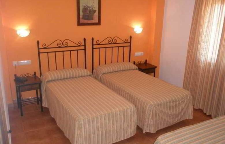 Cortijo Los Gallos - Room - 3