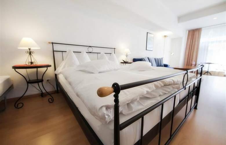 Alpen Resort - Room - 11