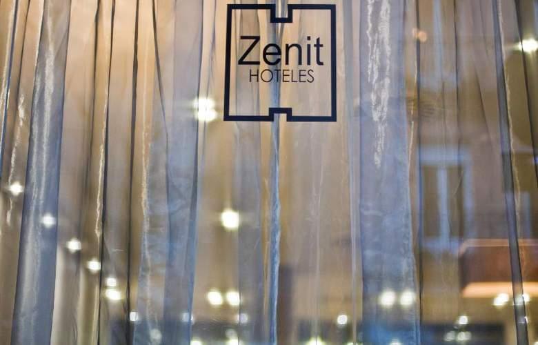 Zenit Abeba - Restaurant - 37
