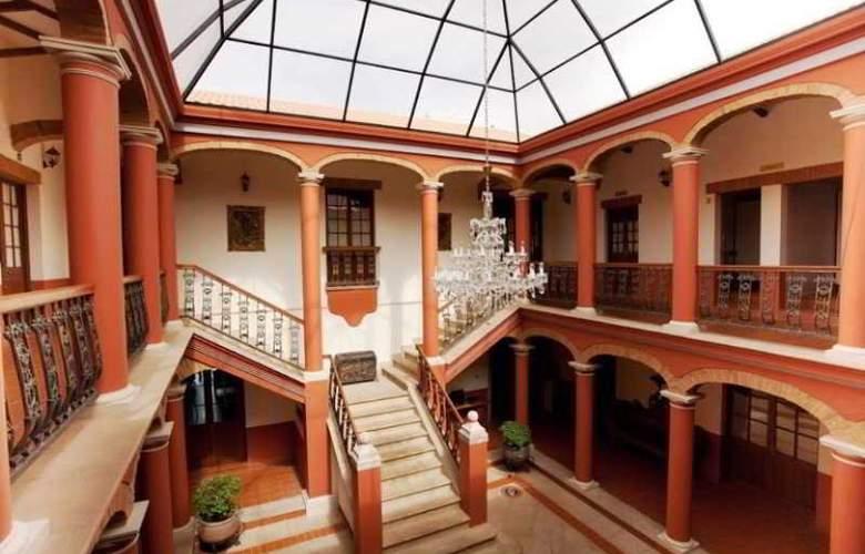 Monasterio - Hotel - 4