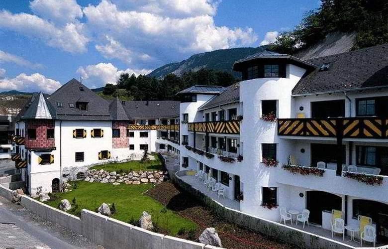 Schlosshotel Rosenegg - Hotel - 0