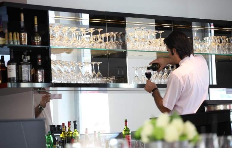 Hotel M - Bar - 6
