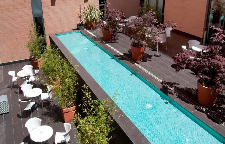 Exe Tres Cantos - Terrace - 39