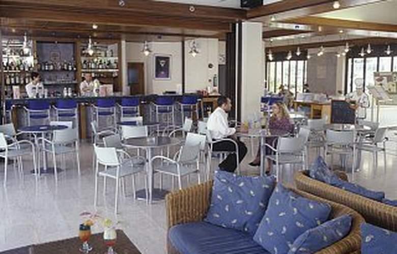 Senator Hotel Apartments - Restaurant - 6