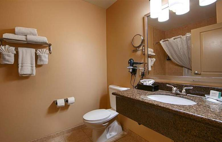 Best Western Plus Chena River Lodge - Room - 47