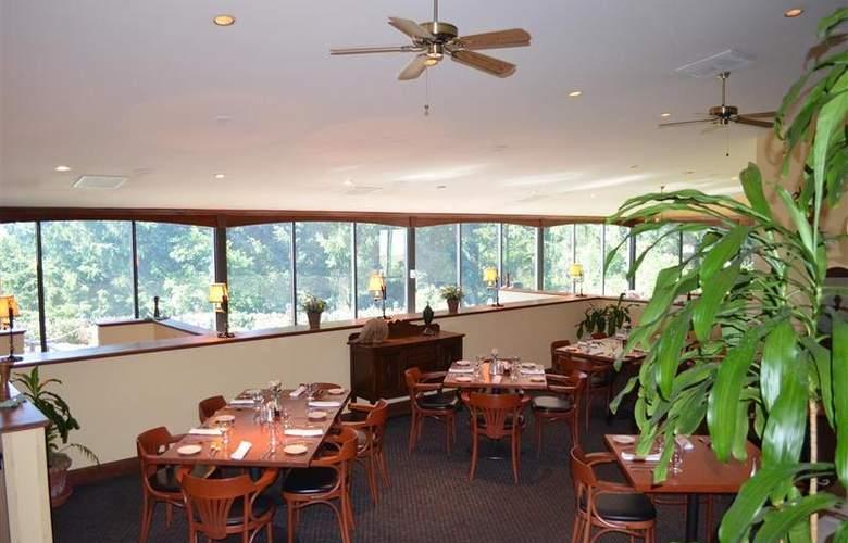 Best Western Plus Agate Beach Inn - Restaurant - 100